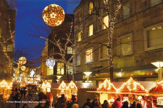 Essen Weihnachtsmarkt.Schwalb Reisen Essen Internationaler Weihnachtsmarkt
